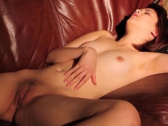 Teen Lily Wanking Her Pussy