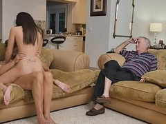 Frankie staretd eating out Amy'_s wet covetous pussy