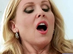 Sexy Lovely Housewife (julia ann) With Big Melon Tits Like Sex vid-14