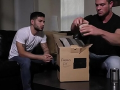 Brad Banks giving Vadim Black beautiful blowjob