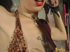 Scheming tatted bitch likes being spanked really overwrought her dominatrix