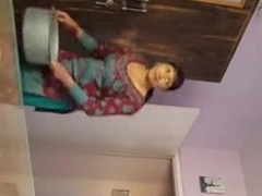dick flash to indian maid jerking
